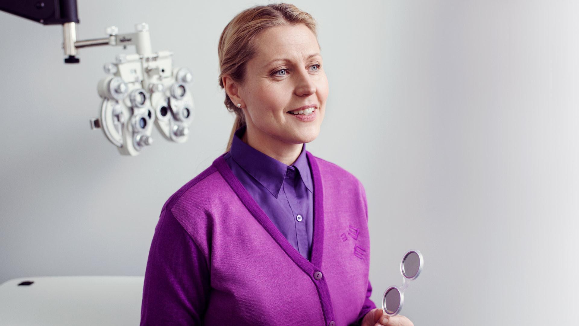 Silmän OCT-valokerroskuvaus on tarkka silmänpohjakuvaus